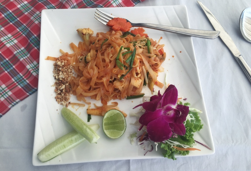 cheap pad thai koh samui