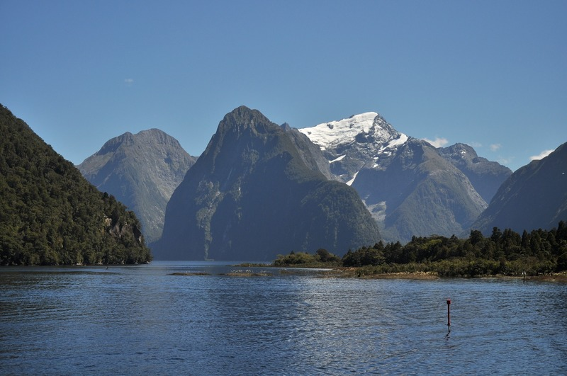 milford sound famous free stuff to do