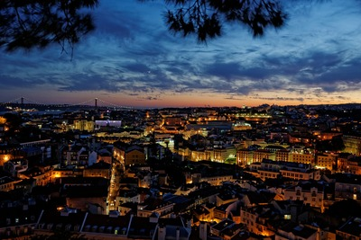 where to stay in lisbon cheap