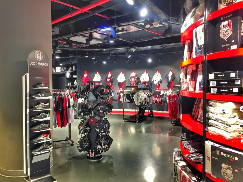 besiktas merch store