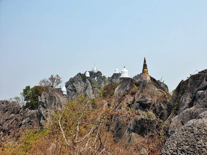 the floating pagodas